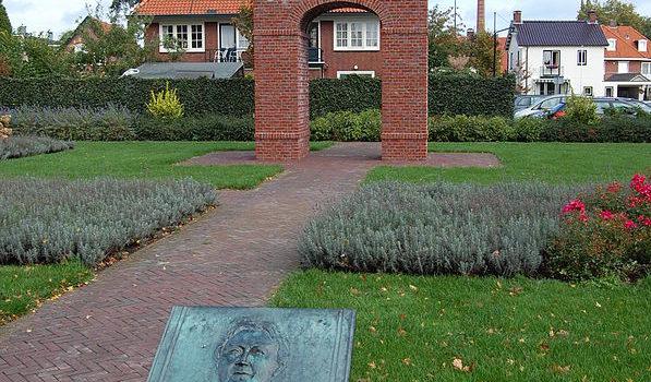 Monument van Tante Riek